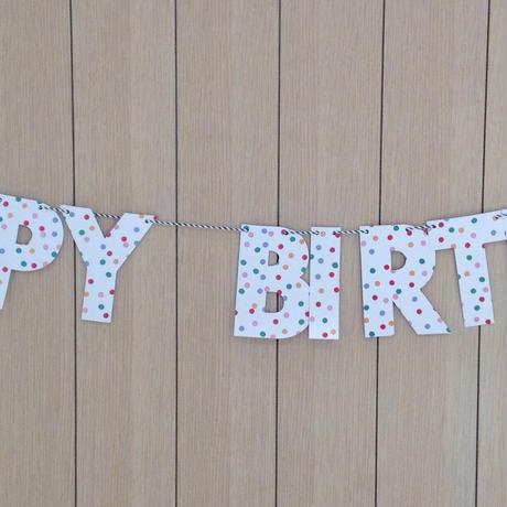 meri meri の「HAPPY BIRTHDAY」ガーランド