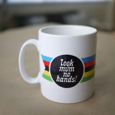 Look mum no hands! マグカップ