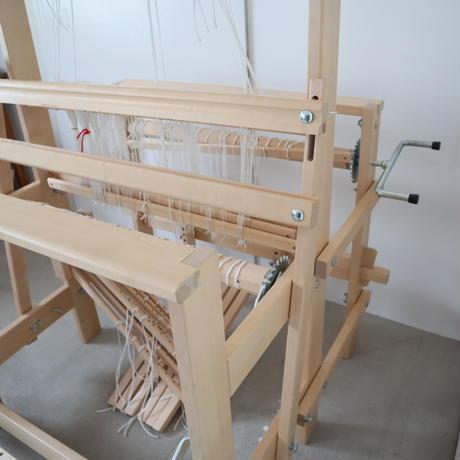 R016【USED】<TOIKA> トイカ機織 ライラ 説明書付き 織幅70cm 中古美品 踏木6枚 4枚綜絖(糸綜絖) フィンランド