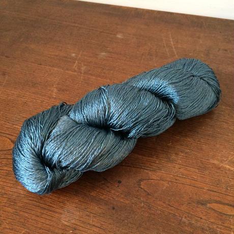 G096【USED】正絹 もく撚  濃青 113g