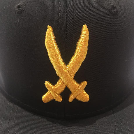 SHOGUN CROSS  SWORD CAP GOLD