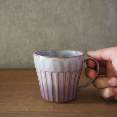 しのぎマグカップ(粉引紫)
