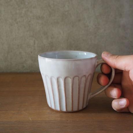 しのぎマグカップ(白萩釉)