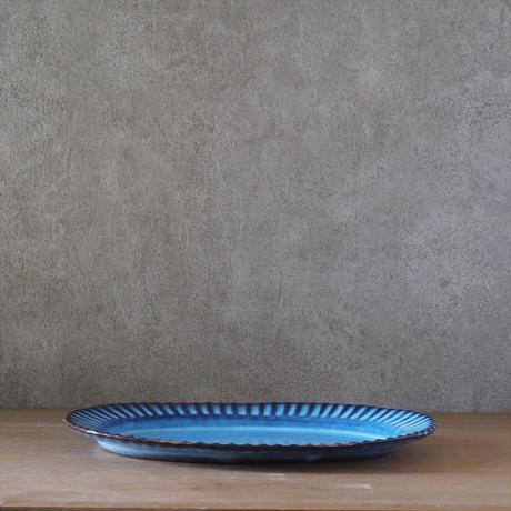 輪花オーバルリムプレート(青萩釉)
