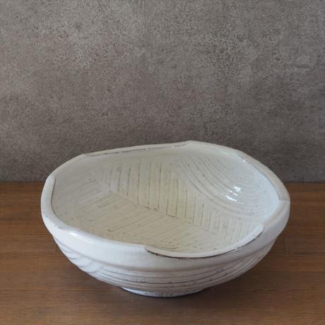 彫り鉢【粉引】