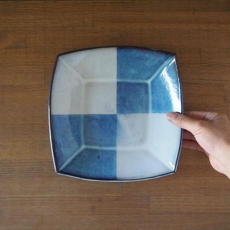 市松模様角鉢【青萩釉】