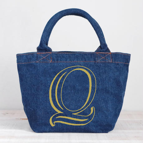 Organic Denim Initial Tote Q / Ginger Beach Inn Original