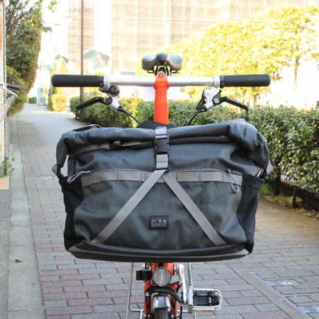 BROMPTON Roll Top Bag 28L [Dark Grey]