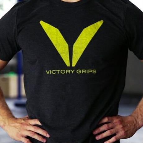 Victory Grips// MEN'S YELLOW VG LOGO T-SHIRT