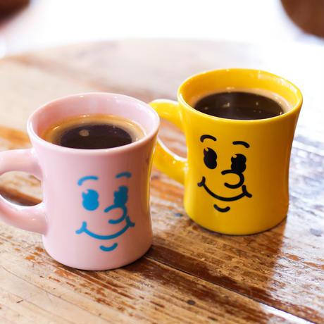 "【HASAMI × manucoffee 007】""Smile Mug"" (artwork by Hikaru Matsubara)"