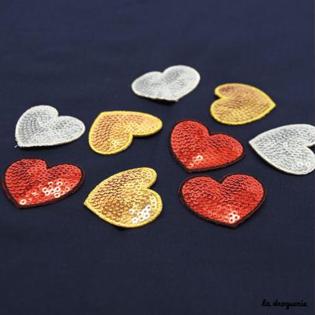 Ecusson « Pailleté coeur »Doré   Ecusson à thermocoller 40 mm