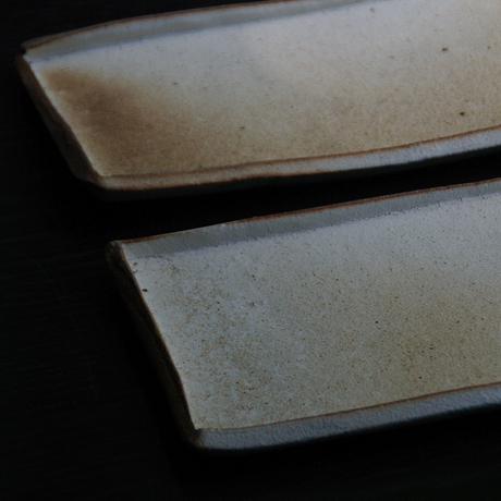 石井直人 焼〆粉引長皿