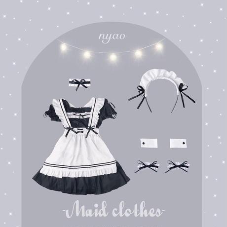 メイド服 / フリル&リボン