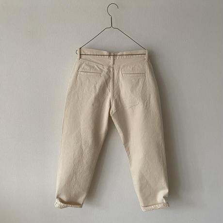 """HAU twill pants """"tapered"""""""