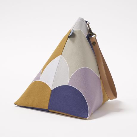 """BUWU"" Triangle Handbag"