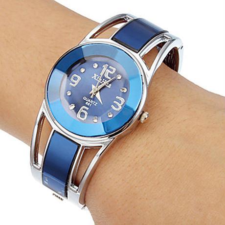 ブレスレット腕時計 女性高級ブランド ステンレス鋼 ダイヤルクオーツ腕時計 レディース腕時計