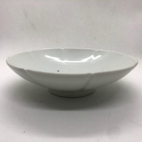 キム・サンイン 白磁 花びら重ね皿 (小)