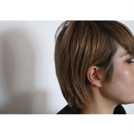 Saskia Diez/Bold Earcuff No1 Rose Quartz