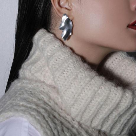 Sea'ds mara/シーズマーラ Partial pierce ・earring