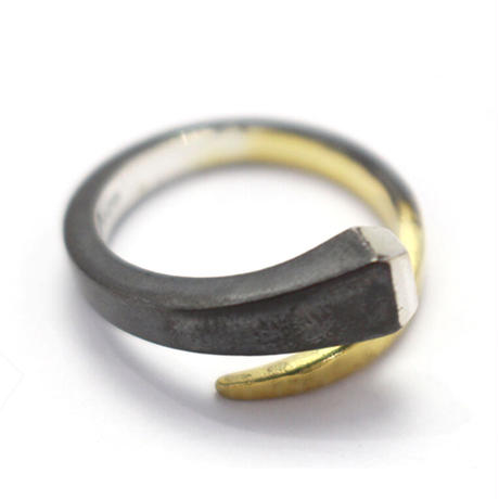 amp japan/Horseshoe Nail Ring HYO-254