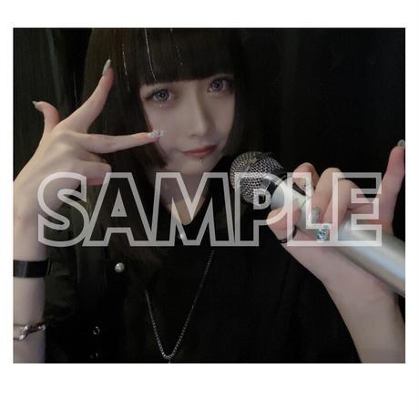 【ソロチェキ】初カラオケ配信で歌っちゃう(2021.10.13)【限定各10枚】