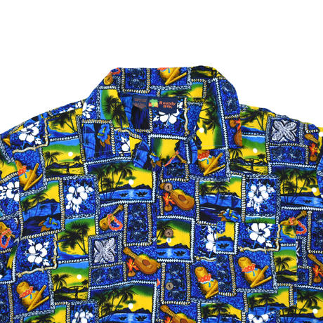 """USED """"ROUNDY BAY"""" PATTERN POLY S/S SHIRT"""