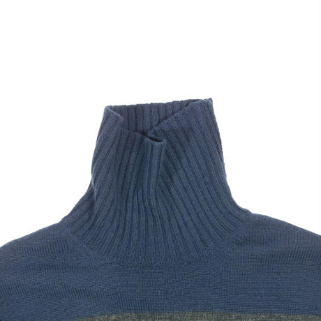 "USED ""BANANA REPUBLIC"" ARM ZIP BORDER TURTLE NECK"
