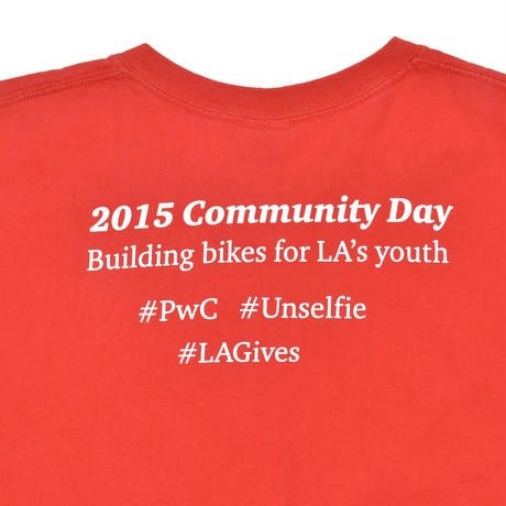 """USED """"2015 COMMUNITY DAY"""" T-shirt"""