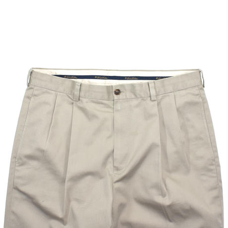 """USED """"BROOKS BROTHERS"""" 2-TUCK COTTON TROUSERS"""