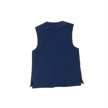 USED UNKNOWN REVERSIBLE VEST
