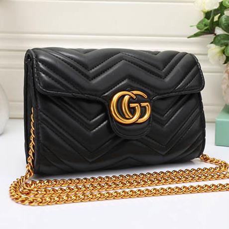 大人気♥グッチ Gucci ショルダーバッグ 鞄 ♡ 新品未使用