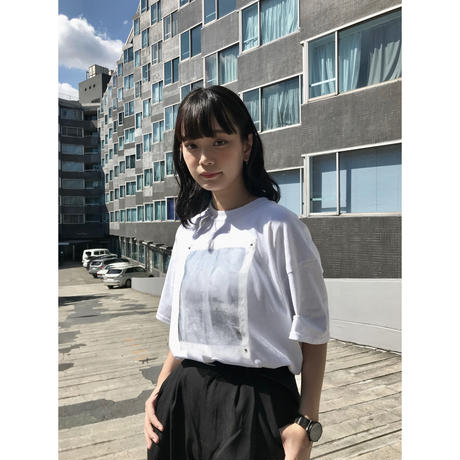 frontprint/Tシャツ 白