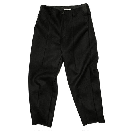 "amachi. ""Front Darts Melton Pants"""