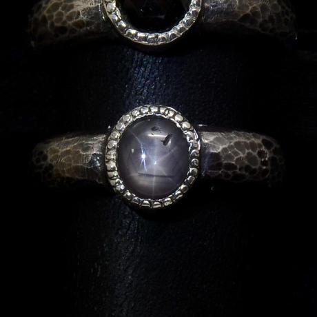 Monochrome Ring(ブラックスターサファイア)