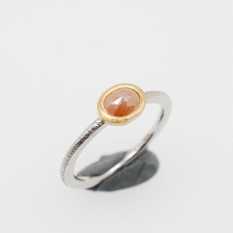 春色のナチュラル ダイヤモンドK22YG-Pt900の指環