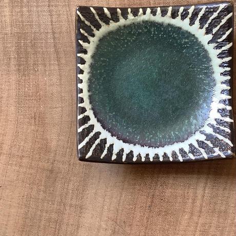 マカロンシリーズ 3寸正方皿 カーサグリーン 2
