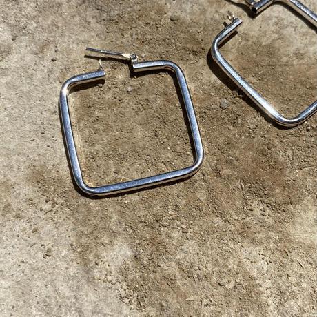 Open Thin Line Square Pierce
