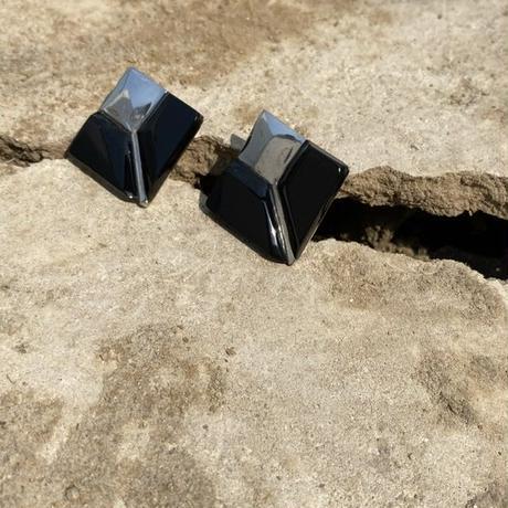 Onyx Geometric silver pierce