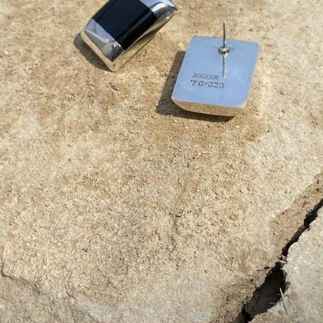 Black Onyx Tile Design silver pierce