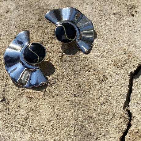 Onyx Inlay Sterling silver pierce