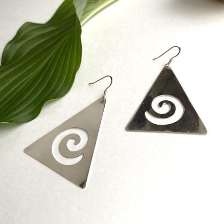 Triangle Plate Pierce