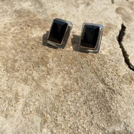 Black Onyx Rectangle silver pierce