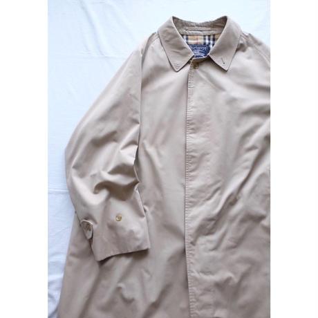 Men's Burberry single panel coat