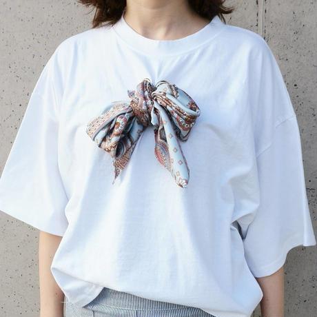 スカーフTシャツ
