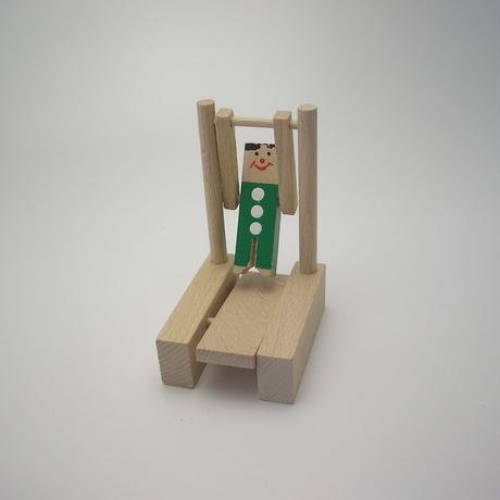 MIK  ミニ鉄棒選手 緑