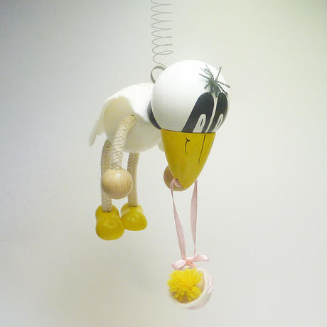 チェコのおすわり人形 白カラスと赤ちゃんバネ付人形