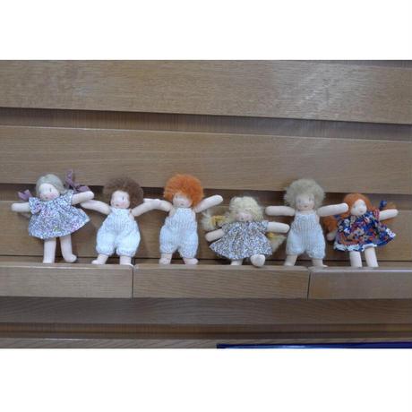Happytoseeyou/ minidoll の小さな妹と弟たち