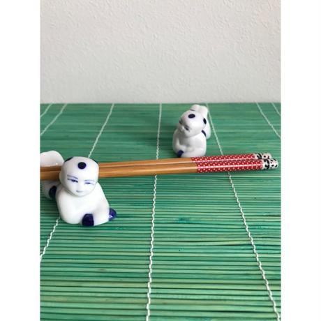 【香港☆青花童子】キュートな箸置きです  /  2pcs=1set