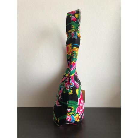☆Handmade☆【香港・花布】おすすめ☆ ファスナー付ショルダーバッグ / 使いやすい大きさです!