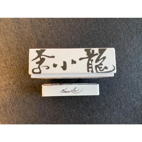 【香港☆TINY】城市 合金車仔ー九巴前衛富豪  /  李小龍 (白) 80th anniversary